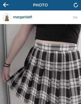 skirt black white plaid plaid skirt pleated grey