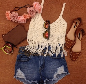 t-shirt top white fringes crochet crop top crochet crop tops boho boho chic hat shoes clothes lace white cropped tank top shirt lace festival