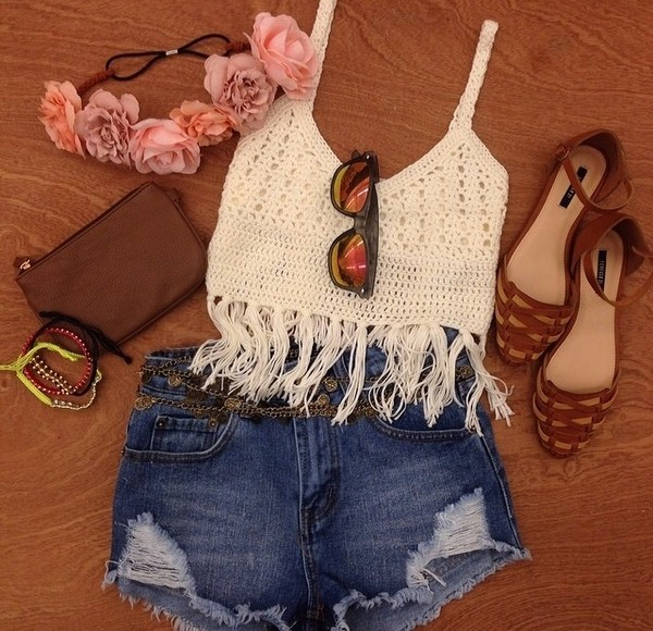 t-shirt top white fringes crochet crop top crochet crop tops boho boho chic hat shoes clothes lace white cropped shirt