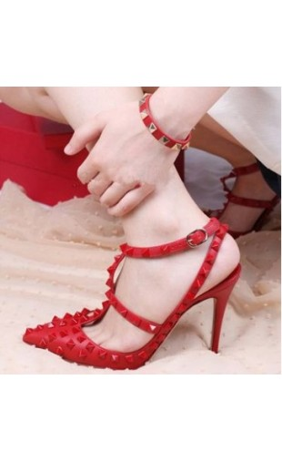 Sexy rivets heels