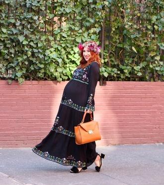 tf diaries blogger dress shoes bag maternity maternity dress maxi dress sandals handbag spring outfits