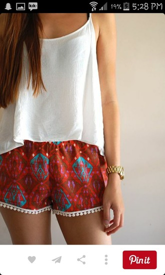 shorts boho boho chic red red shorts pom pom shorts boho shorts bohemian fashion summer shorts blue detail white t-shirt