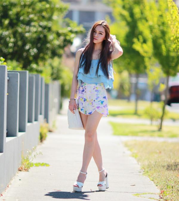 chloe ting shorts t-shirt jewels bag shoes
