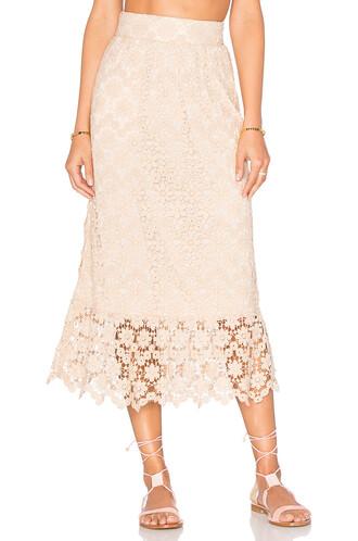 skirt cream