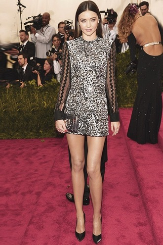 dress gown red carpet met gala miranda kerr metgala2015