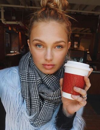 jacket fur romee strijd model off-duty instagram