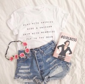 t-shirt,top,shorts,fashion,floral,hat