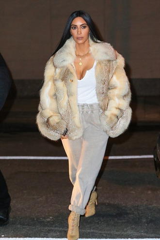 pants sweatpants top coat fur fur coat kim kardashian kardashians