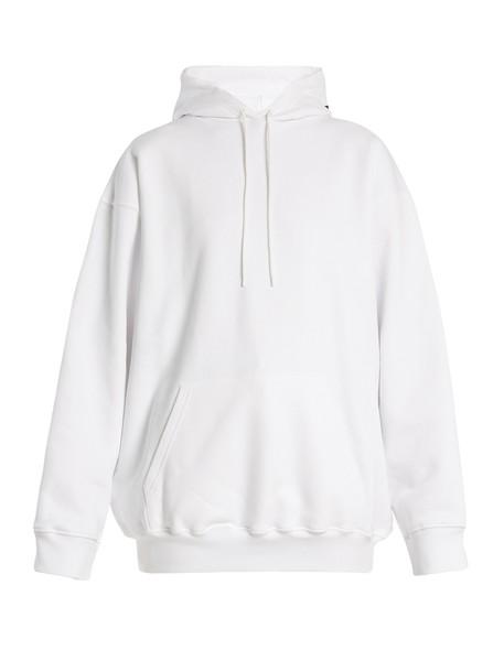 sweater hoodie white