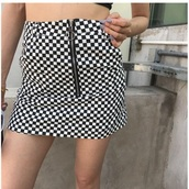 skirt,girly,tumblr,black,black and white,checkered,zip,zipped skirt,checkered skirt,mini skirt