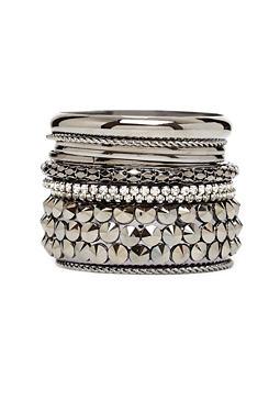 2b | Bracelets