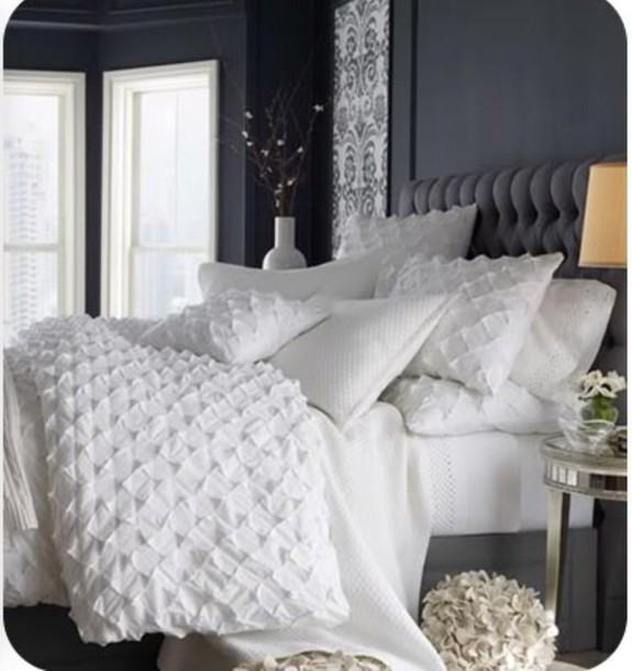 home accessory, white, bedding, bedding, bedsheet, bedroom, white