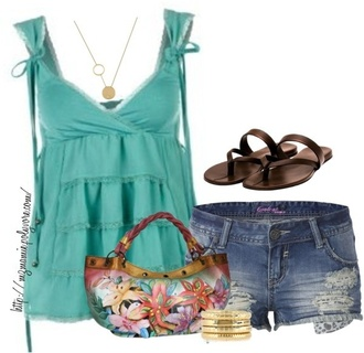 blouse shoes shorts top summer outfits earphones