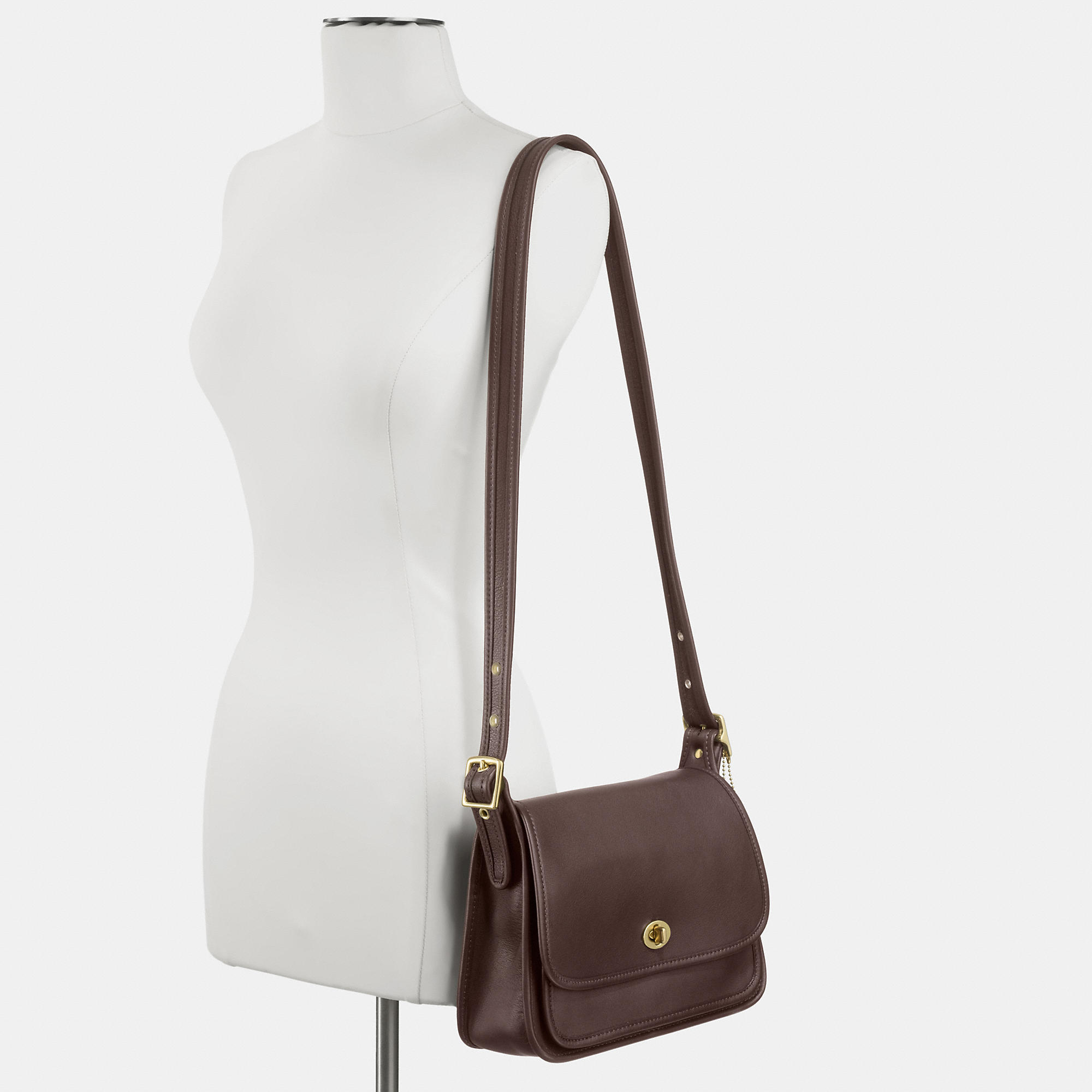 Coach classic ramblers legacy flap in leather