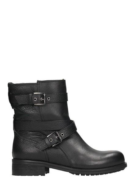 Julie Dee black shoes
