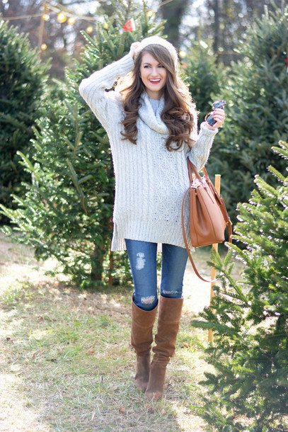 a190633eb southern curls and pearls, blogger, bag, hat, sweater, jeans, jewels ...