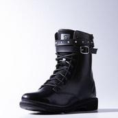 black combat bots selena gomez adidas neo,selena gomez black combat boots adidas neo