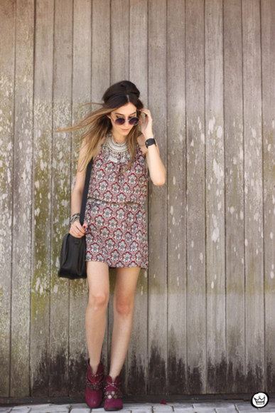 jewels tribal pattern blogger bag sunglasses fashion coolture statement necklace summer outfits