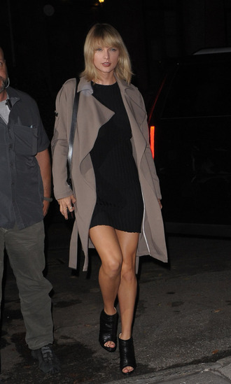 dress coat fall outfits booties taylor swift streetstyle