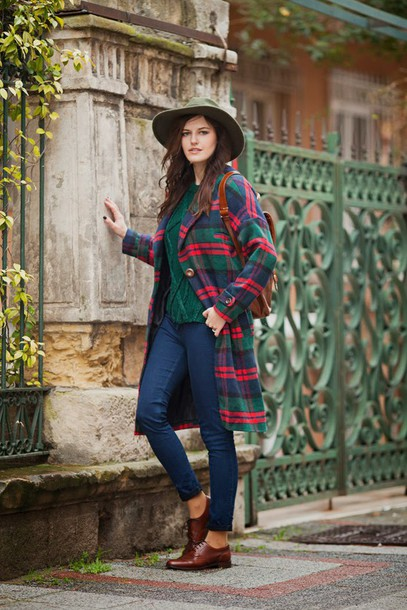 the bow-tie blogger jeans winter coat green sweater fedora oxfords tartan