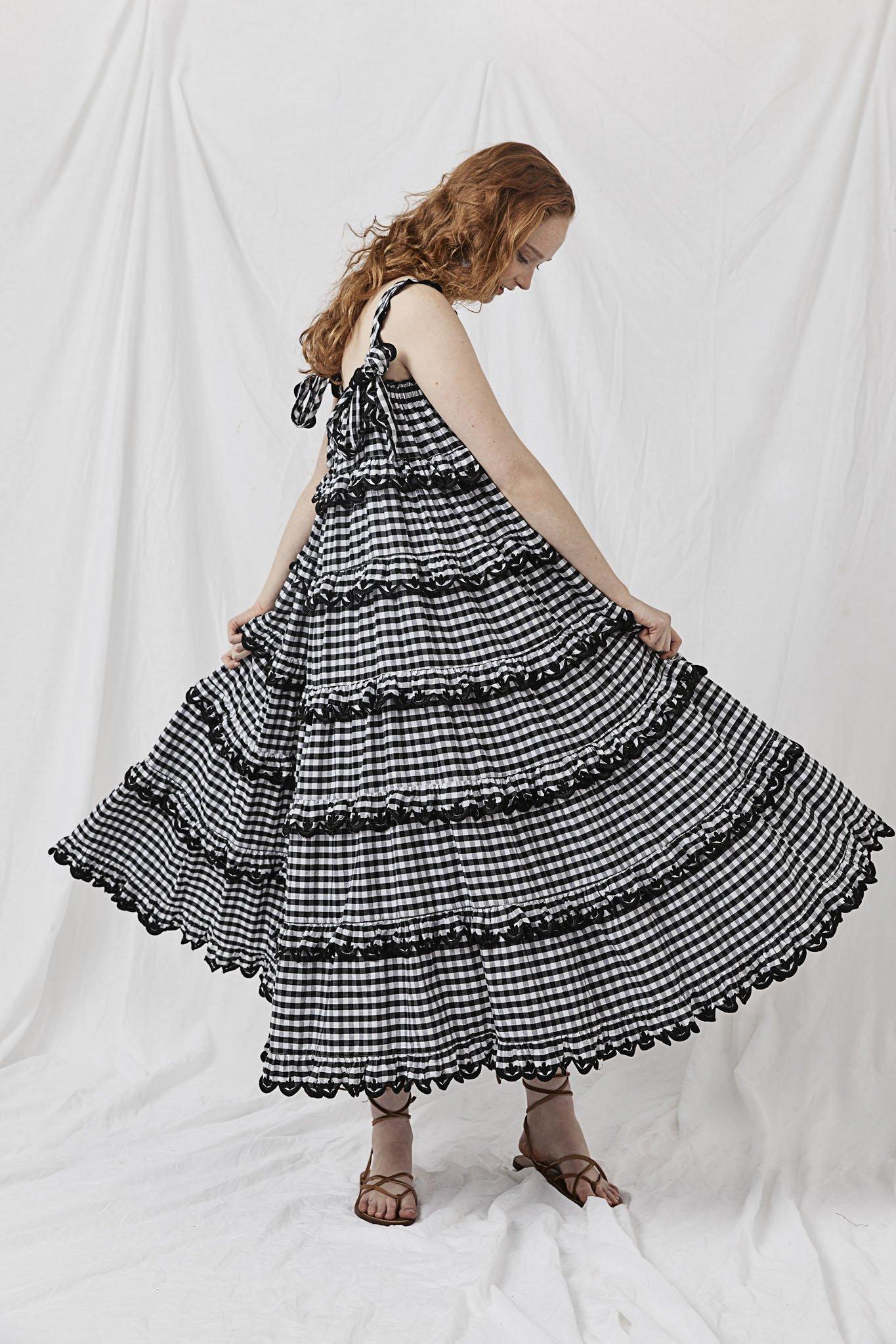 Scallop Frill Dress - Iva Biigdres Black Gingham