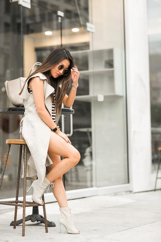 wendy's lookbook blogger top jacket shoes bag sunglasses