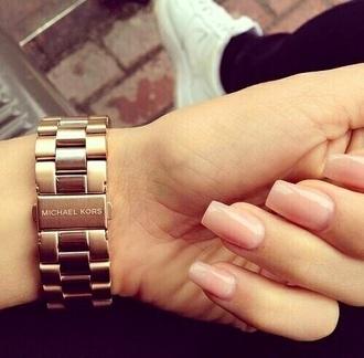 nail polish nude pink