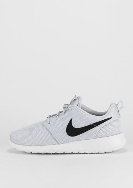 quality design e8831 2776c NIKE Laufschuh Roshe One pure platinum black white - Schuhe