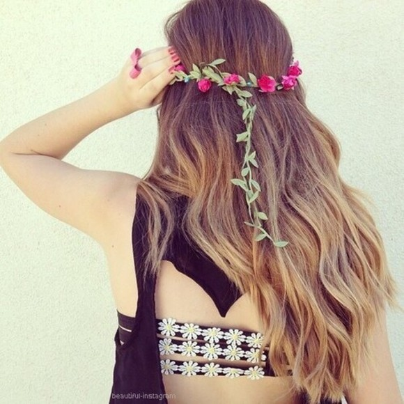 summer tumblr cute black white fashion shop shopping clothes yellow underwear daisy daisy flowers daisy top bra love pink helps follow beautiful top crop tops bandeau top girly tumblr clothes