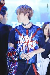 shirt,kpop,baekhyun,red white and blue,writing,union jack,graffiti