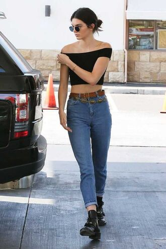 crop tops black crop top blue jeans black boots high waisted jeans round sunglasses kendall jenner 90s style