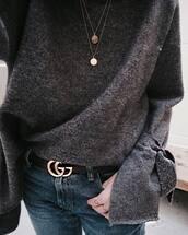 sweater,tumblr,grey sweater,bell sleeve sweater,bell sleeves,belt,logo belt,gucci,gucci belt,jewels,jewelry,gold jewelry,gold necklace,necklace,denim,jeans,blue jeans