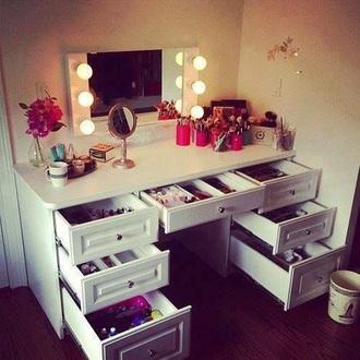 home accessory make up artist make up organizer white lighting mirror mirrored sunglasses organizer make up brushes