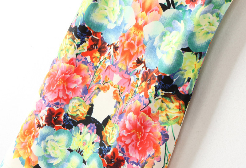 Multi sleeveless floral bodycon dress