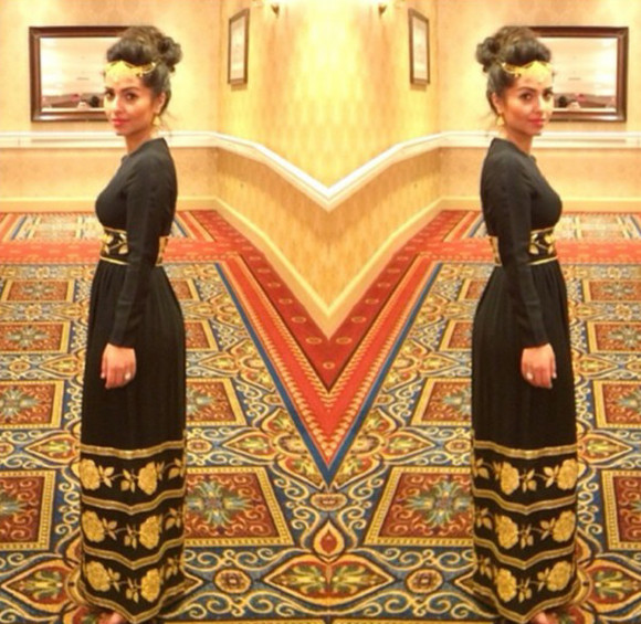 dress long sleeved dress beautiful gold black maxi dress outing cute