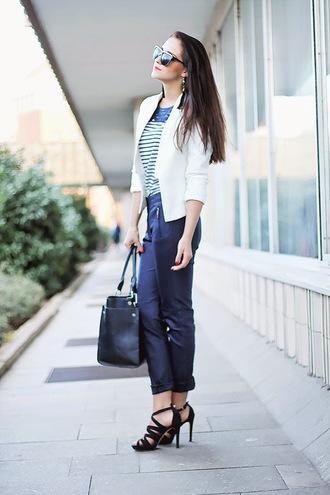 leona meliskova blogger black sandals white jacket striped top cropped pants handbag
