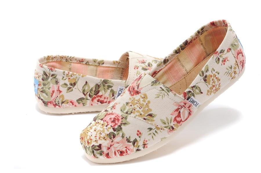 Authentic TOMS SHABBY CHIC FLORAL Women's Classics sizes 5-9
