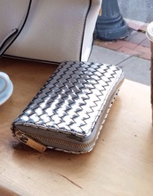 bag,wallet,silver wallet,wooven,pattern,patterned wallet,textured wallet,fashionista,why jog when you can blog,clutch,style,tumblr outfit,fashion,fashionista talk,blogger,accessories,accesorizes