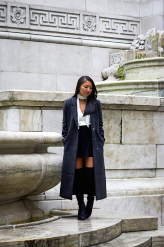 looks by lau blogger long coat white top