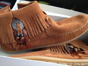 shoes,moccasins,moccasin boots,moccasin ankle boots