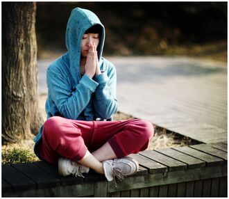 sweater hoodie turquoise teal casual harem pants jacket comfortable oversize blue green red asia china chinese korean meditation zen sunshine splatter aliexpress japan tokyo beijing splatter paint korean fashion moccasin boots paint splatter hong kong