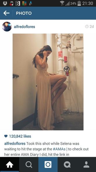 dress selana gomez nude dress pink dress helpmetofindit amas 2014 prom dress