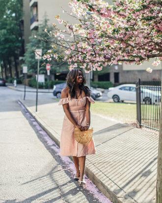 millennielle blogger dress bag jewels off the shoulder dress pink dress cult gaia bag spring outfits