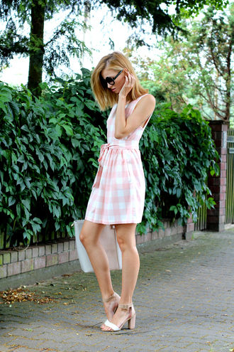 beauty fashion shopping blogger gingham zara shoes sandals nude sandals