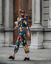 sunglasses,black sunglasses,jumpsuit,floral,floral jumpsuits,sandals,black sandals