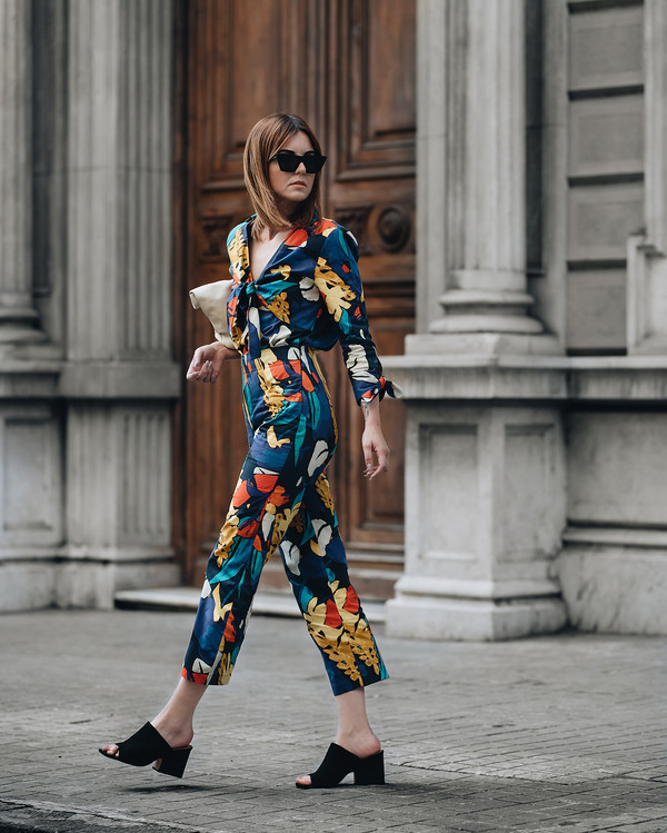 sunglasses black sunglasses jumpsuit floral floral jumpsuits sandals black sandals