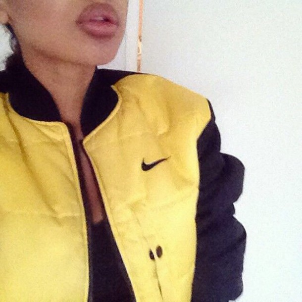 jacket black nike jacket yellow