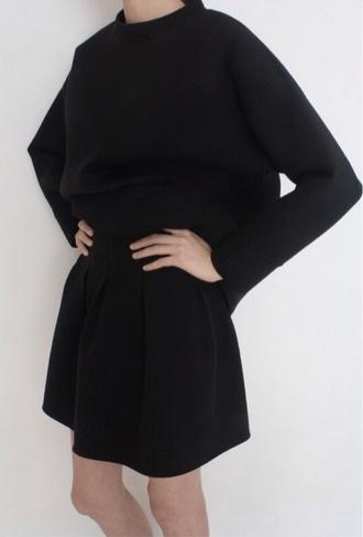 sweater black crewneck