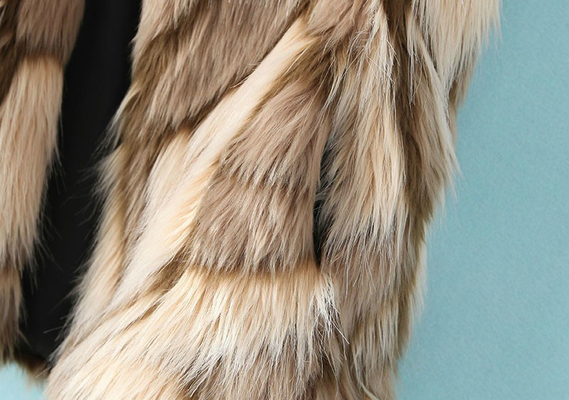 Apricot Sleeveless Geometric Pattern Faux Fur Vest - Sheinside.com