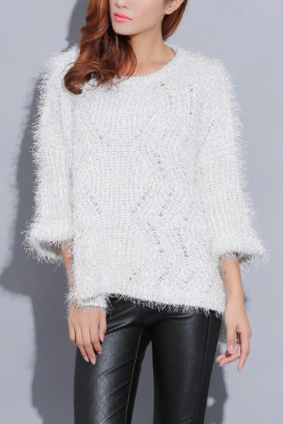 Three quarter sleeve round neck loose pullover sweater